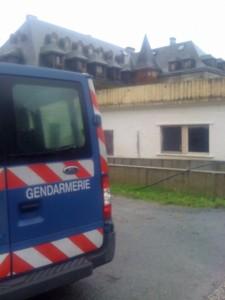 Opération de gendarmerie à la communauté Tabitha's place de Sus en Béarn