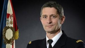 le-general-d-armee-denis-favier-directeur-general-de-la-gendarmerie-nationale_slide_half (1)