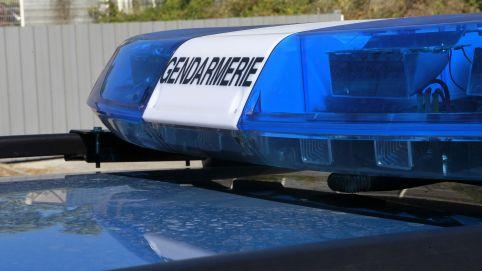 trois gendarmes bless s et une victime d c d e dans une course poursuite pour une voiture vol e. Black Bedroom Furniture Sets. Home Design Ideas